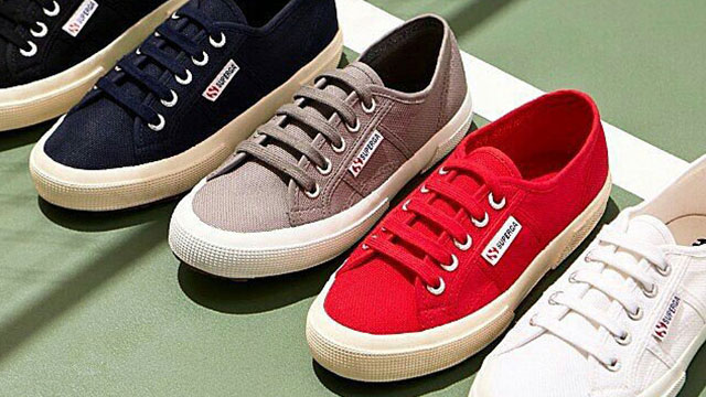 Superga sneakers: the iconic 2750 is